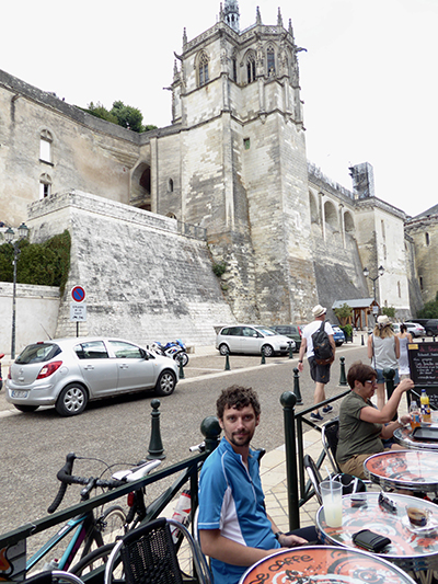 Cycling in La Loire. Coffee break.